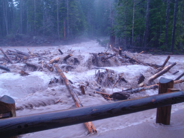 Kautz Creek flooding, Mount Rainier National Park. (National Park Service photo)