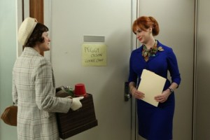 Peggy Olson (Elisabeth Moss), Joan Harris (Christina Hendricks) - Mad Men - Season 6, Episode 7 - Man With A Plan - Photo Credit: Michael Yarish/AMC