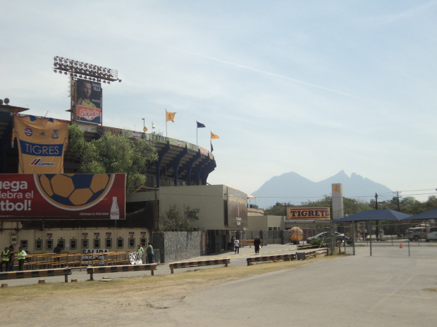 UANL Tigres' Estadio Universitario, or El Volcan, with the amazing Cerro de la Silla (Saddle Mountain) in the background. Photo courtesy of Simon Moyse.