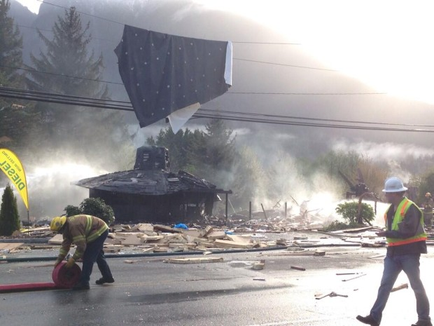 A North Bend barber shop was demolished in en explosion early this morning. (John Lok / The Seattle Times)