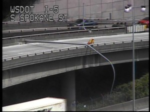Lightpole fallen across the ramp from northbound I-5 to the West Seattle Bridge. (WSDOT Twitter page)